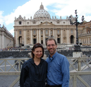 Debbie & Matt in St. Peter's Square